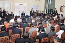 代議士会であいさつする野田代表(総理)