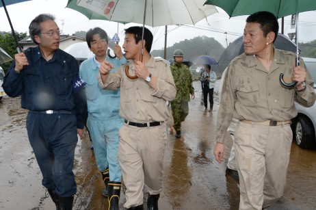首藤竹田市長の案内のもと現場を視察