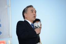 西東京市の田無駅前で街頭演説する平野復興大臣