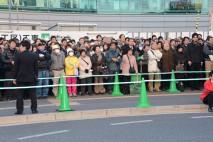 JR浦和駅前に詰めかけた聴衆の皆さん