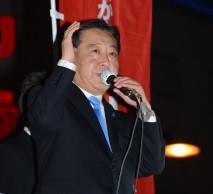 大宮駅前の演説で訴える野田代表