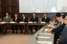 民主党海江田「次の内閣」が発足、初「閣議」