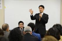 大石高知1区総支部長の支援者との意見交換会で発言する…