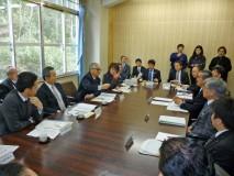 釜石市役所で市長らと意見交換