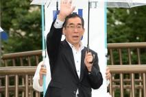 まじめな政治に取り組む民主党に理解を 三鷹駅前で松本…