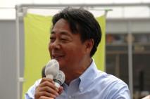 雇用の安定こそが大事と訴える海江田万里代表