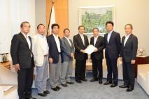 党東電福島第1原発対策本部、安倍総理に対し汚染水対策…