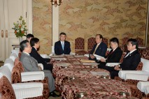 野党政策責任者会議に出席する桜井政調会長