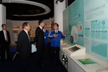 イタイイタイ病資料館を見学する海江田代表