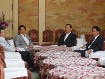 日本維新の会と幹事長会談