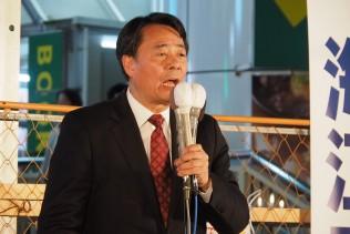 松戸駅前で演説する海江田代表