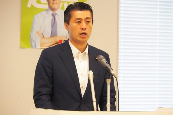 細野豪志政策調査会長