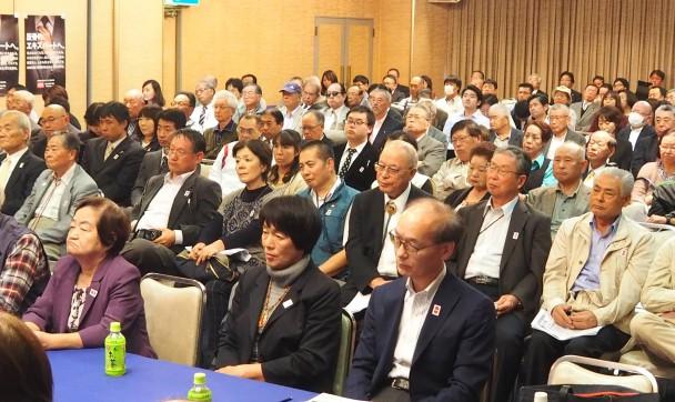 枝野幹事長の講演を聞く党群馬県連定期大会の参加者