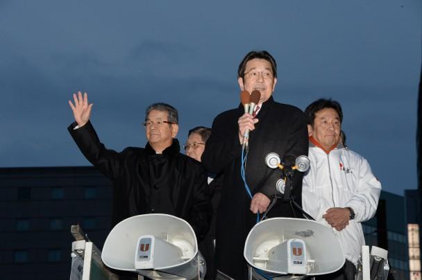JR長野駅前での街頭演説