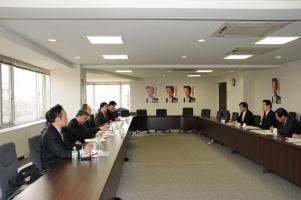 韓国、林東源元統一省長官他と会談