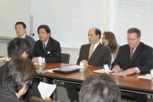 2010/05/28ルース駐日米大使らとの意見交換会、増子経済産業副大臣・藤田国際局長が開催